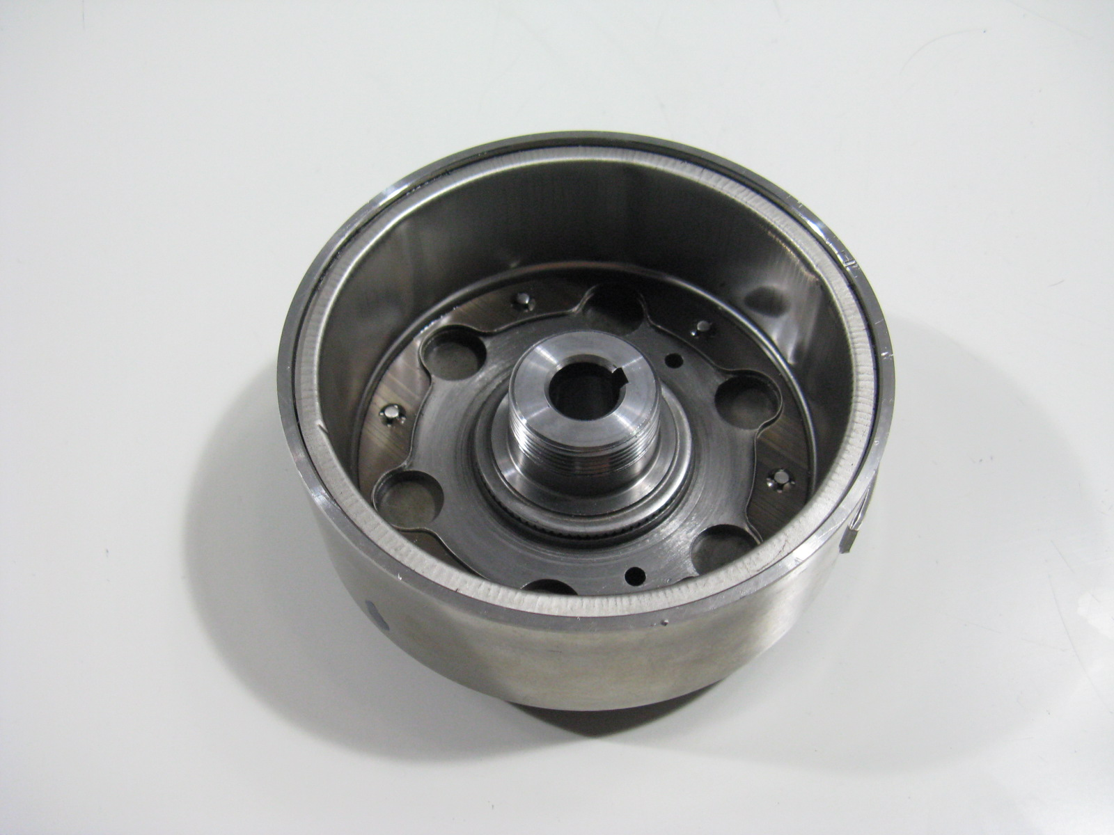 Lichtmaschine-Rotor-Polrad-Generator-Flywheel-Peugeot-Elyseo-125-99-04